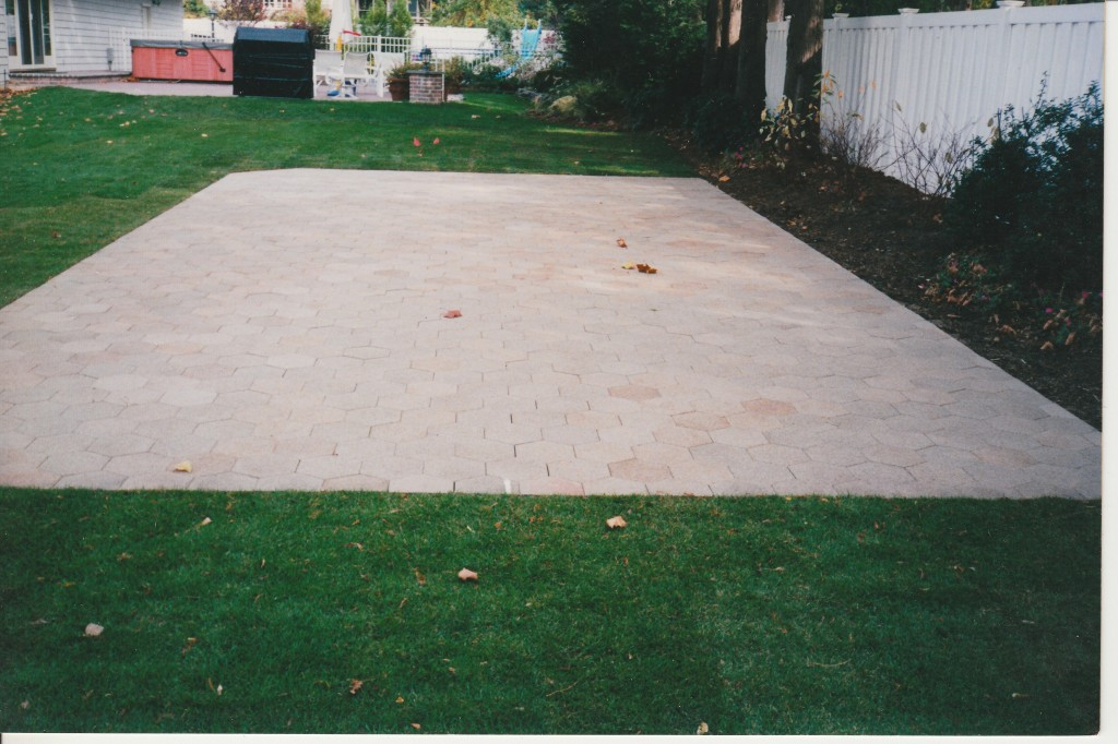 concrete patio pavers pictures to pin on pinsdaddy