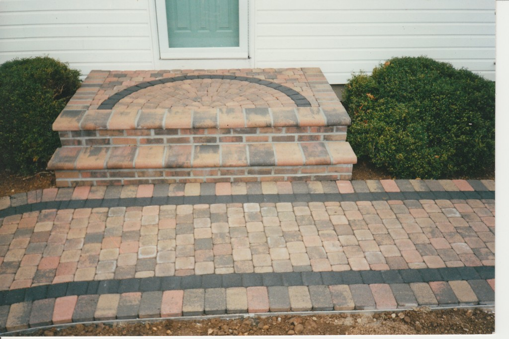 concrete paver steps and stoops | concrete pavers guide