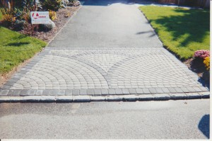 Concrete pavers guide the site for everything concrete for Driveway apron ideas