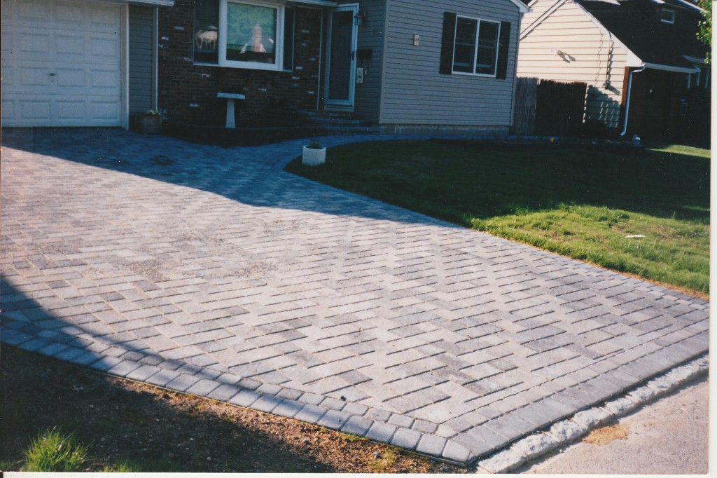 A definitive driveway paving guide concrete pavers guide driveway paving materials solutioingenieria Image collections
